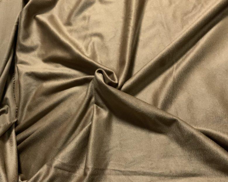 着やすくて上質なオーダーメイドのカシミアコート[Assolo奇跡のオーダーメイキング]