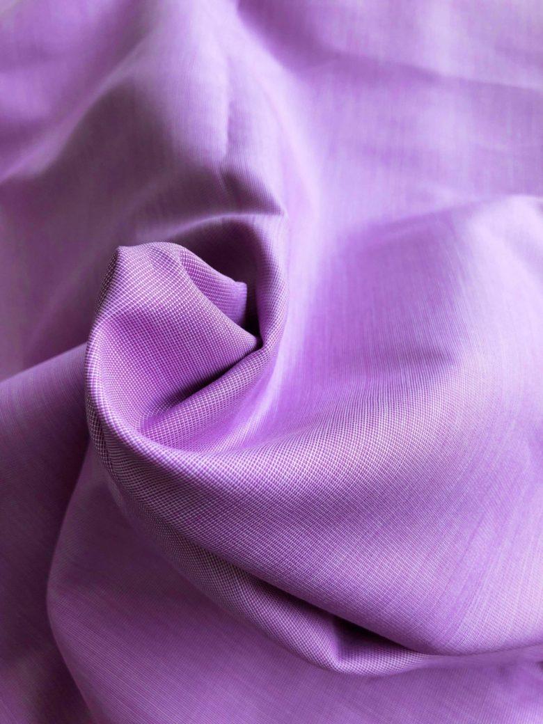 しなやかで上質な綿シャツで毎日の気分を上げてみたい。オーダーメイドの職人が一枚ずつ仕上げた上質な日常着。